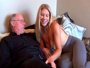 Velho fode sua jovem esposa