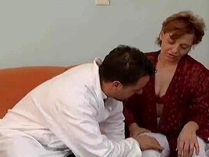 mãe peluda anal e facial