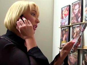 Mellanie Monroe fazendo sexo Interracial anônimo
