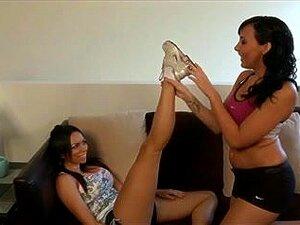 Adoração dos pés Lésbicas