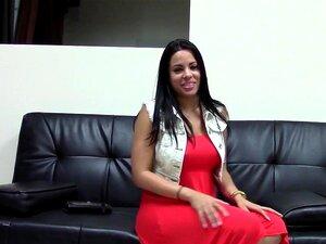 Babe cubano quer ser uma Pornstar