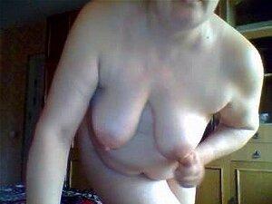 A Velha Mãe Russa na webcam