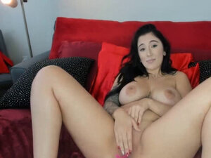 Steamy Brunette Goes Naughty Webcam Show