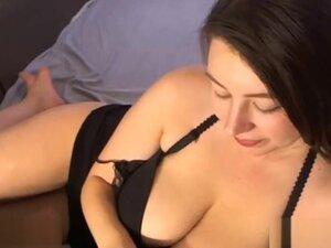 Hot Brunette Morning Glory Webcam Show,