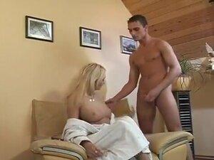 Blonde & Her Boyfriend Getting It on