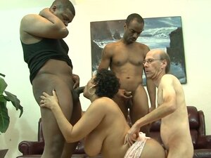 Hot lady with big brabazons does professional