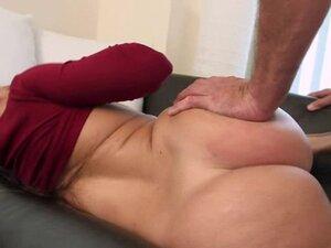 Big ass busty latin MILF Julianna Vega