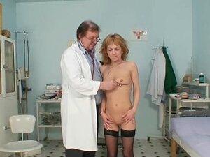 Skinny MILF pussy gyn exam by kinky doctor,