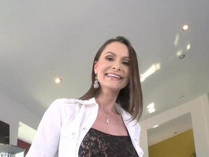 Amazing brunette housewife nora noirs snatch gets