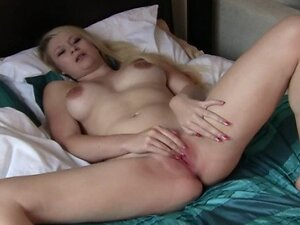 New Mommy Lactating and Cumming