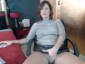 Sexyvega hot mom at web show