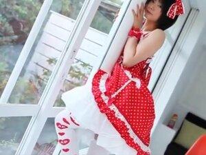 Japanese cosplay - skiny body