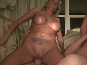 Dirty whore Jenna Parks and Jessica Nyx fuck in a