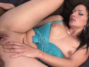 Laura enjoys a BBC in her ass