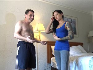 Goddess Maria Marley destroys the testicles of
