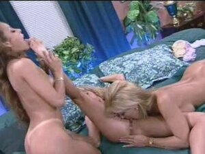 Shyla Levaux, Jill Kelly And Felecia in lesbian