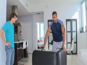 Homosexual tantra massage
