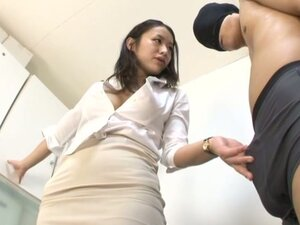 Asian Rubbing Her Ass on Masked Guy Before Blowjob