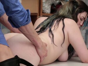 Amilia Onyx riding her pussy on top of step dads