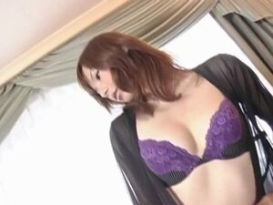 Miki Yamashiro in stockings fingers her wet and