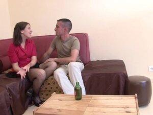 Une etudiante francaise se fait defoncer l'anus