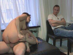 Curvy russian gf banged hard for cheating