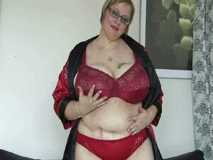 Full figured and mature mom with monster tits