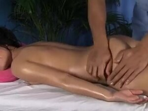 Erotic massage with oil and squirt