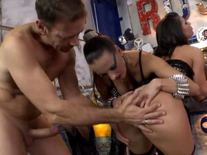 Mea Melone n Athina ass to mouth action with Rocco