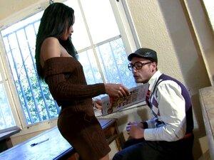 Leo Galvez and naughty Katia De Lys get nasty in