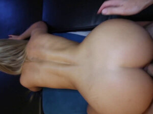 22yo Blonde Babe Sex after Trading Selfies and a