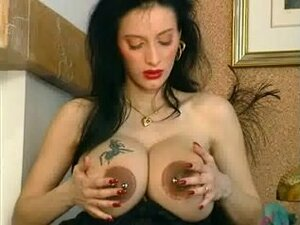 Enormous pierced prego mother I'd like to fuck
