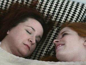 Mormon lesbian eats muff