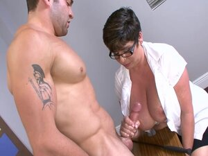 Muscular guy impales perverted mature nurse