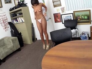 London Winters in All Natural Amateur Fuck