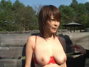 Exhibitionist Asian Babe Nana Natsume Sucks Cock