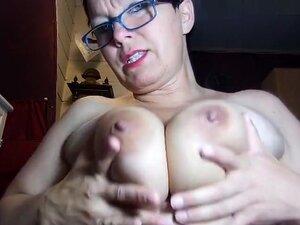 I am posing on webcam in this huge tit amateur
