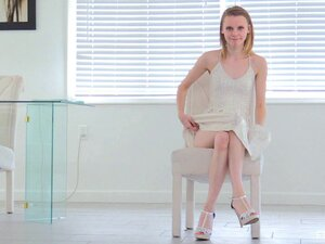 Pale chick Catarina opens her legs for a massive