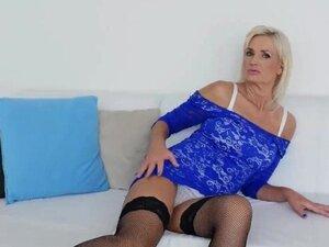Cougar Step Mom Roxana Hanova Gets Fucked Well Hot