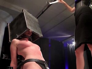 Vanessa Cage & JC Simpson Play with their