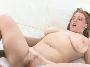 Plump swinger Sierra Skye takes some dick in her