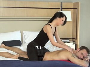Hotel room massage ends with the hot slut riding