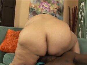 Lorelai Givemore in Fatty Latina Lorelai Givemore
