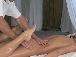 Massage Rooms Hot young girls leg and foot massage