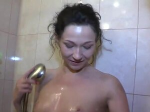 Fuck right in a bathtub