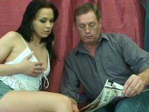 Daddy wanna fuck his young slut, Her mature man