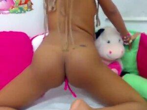 Amateur Ebony Webcam Girlfriend Masturbat On