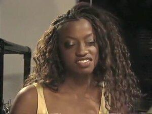Horny pornstar Vanessa Blue in crazy threesomes,