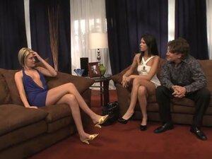Exotic pornstars Jennifer Dark and Riley Ray in