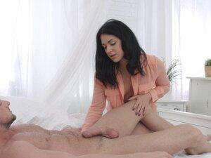 X-Sensual - Jessica Lincoln - Foot massage